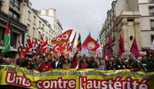 des-milliers-de-personnes-defilent-paris-contre-lausterite
